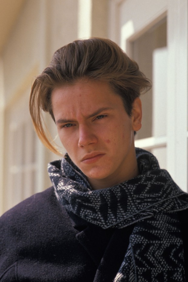 Hair Musing River Phoenix Boys With Long Hair 90s